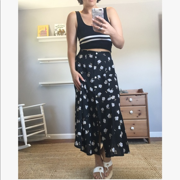 588fdab4b3 Vintage Skirts   90s Button Front Black Floral Midi Skirt   Poshmark